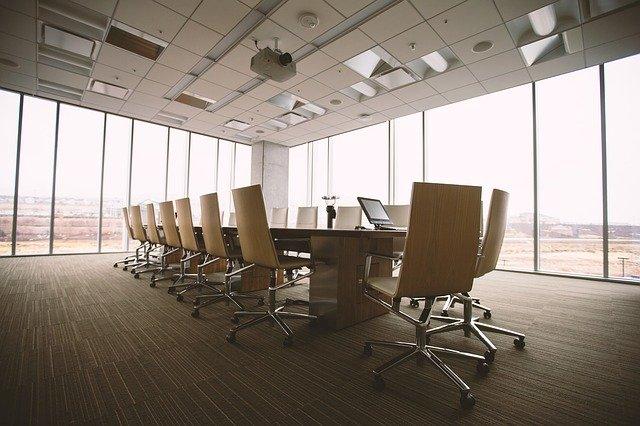 Come semplificare la pianificazione della sala conferenze in 3 passaggi