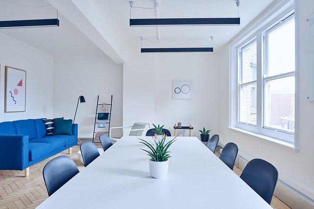 Come semplificare la pianificazione della sala conferenze